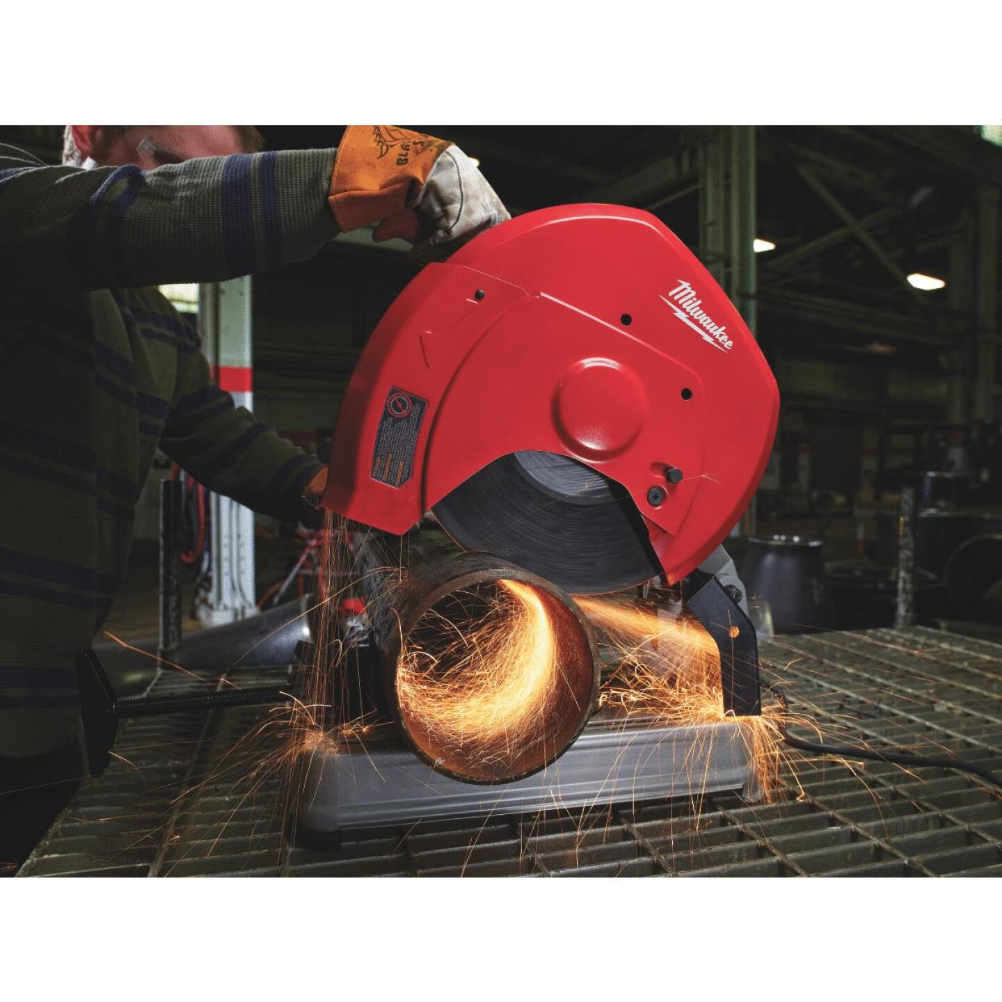 Milwaukee 14 In. 15-Amp Chop Saw Image 2